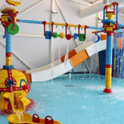 Waterballs - Searles Holiday Park